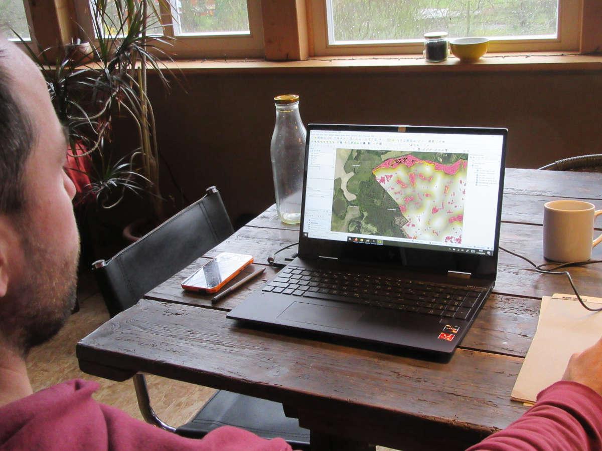 Agroforstplanung, Keyline Design und regenerative Landwirtschaft mit eigener Vermessungstechnik und Fernerkundung, Differential-GPS, Drohne etc., Verarbeitung mit GIS